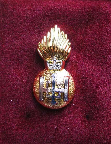 royal highland fusiliers lapel badge