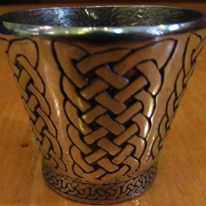 Cup-Celtic-Knot